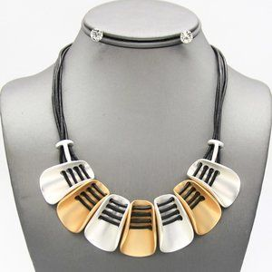 Jewelry - Silver and Gold Metal Reversible Necklace Set